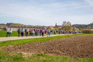 Große Gruppe beim BGWMZ Ostermarsch 2019